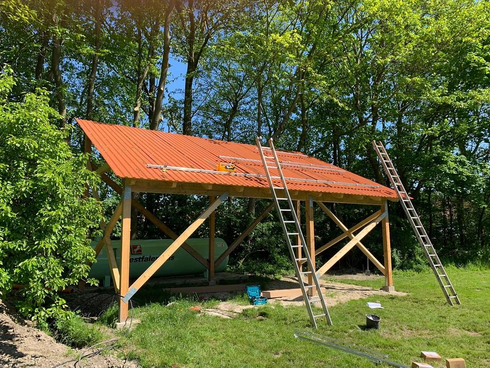 Vormontage der Dachträger